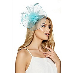 Quiz - Aqua net fascinator