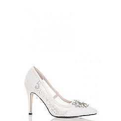 Quiz - White Sequin Lace Brooch Court Shoes