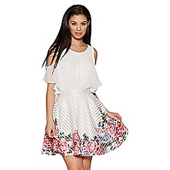 Quiz - Cream and pink flower print hem skater skirt