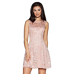 Quiz - Dusky pink sweetheart lace skater dress