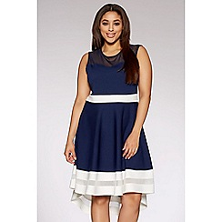 Quiz - Curve navy and cream mesh dip hem dress