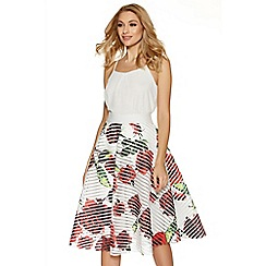 Quiz - White red and green floral print skater skirt