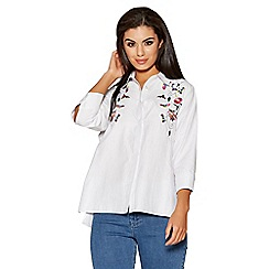 Quiz - White floral embroidered shirt
