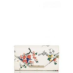 Quiz - Cream blossom print gold trim clutch bag