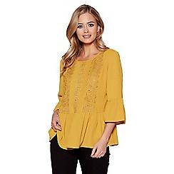 Quiz - Mustard crochet frill sleeves top