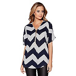Quiz - Grey and navy zig zag light knit zip front top