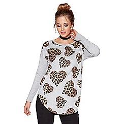 Quiz - Grey and beige light knit leopard heart print zip back top