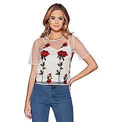 Quiz - White and red mesh embroidered top