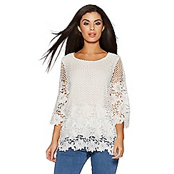Quiz - Cream lace 3/4 sleeves swing top