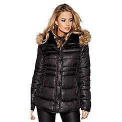 Quiz - Black padded faux fur collar jacket