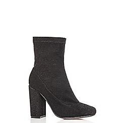Quiz - Black textured block heel ankle boots