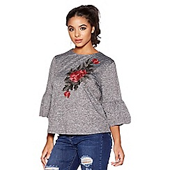 Quiz - Grey and red embroidered frill sleeves top