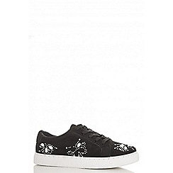 Quiz - Black embellished lace up trainers