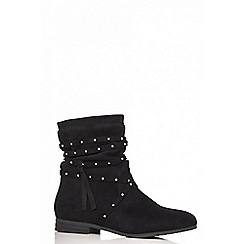 Quiz - Black faux suede studded tie ankle boots
