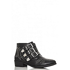 Quiz - Black pu studded western ankle boots
