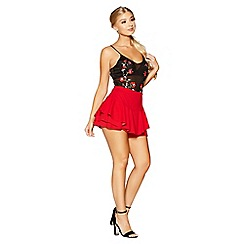 Quiz - Gabby's red crepe frill shorts