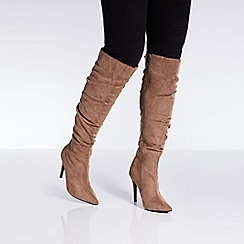 Quiz - Taupe ruched heel boots