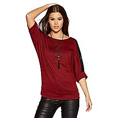 Quiz - Berry and black contrast light knit necklace top