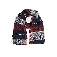 Quiz - Red and blue check scarf