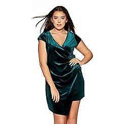 Quiz - Curve emerald green velvet wrap dress