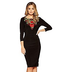Quiz - Black and red cowl back embroidered dress
