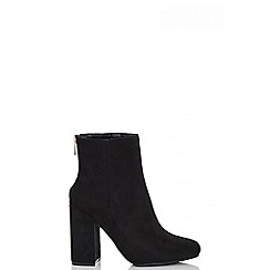 Quiz - Black faux suede ankle boots