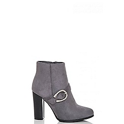 Quiz - Grey faux suede buckle ankle boots