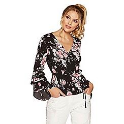 Quiz - Black and pink frill sleeve top