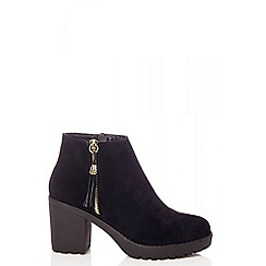 Quiz - Black faux suede chunky ankle boots