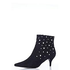 Quiz - Black faux suede stud ankle boots