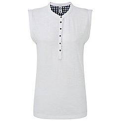Tog 24 - White cordelia deluxe vest
