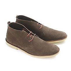 Ikon - Chocolate 'Ak' desert boot casual boots