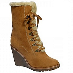 Pixie - Tammy camel laced ankle boots with d rings and ski hooks