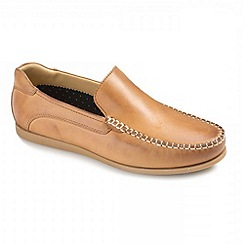 Ikon - Tan  Gowan Loafers Moccs Shoes