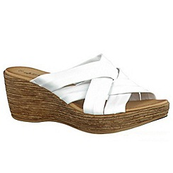 Tamaris - White '27231' wedge sandals