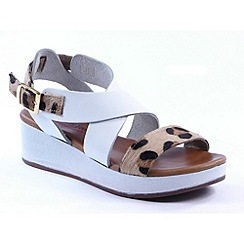 Heavenly Feet - White 'Cleo' wedge Leather sandals