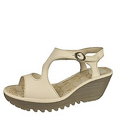 Fly London - Off white 'Yanca' wedge sandals