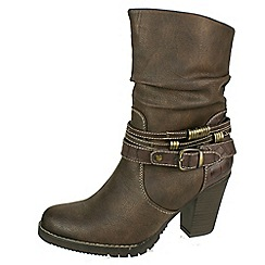 Tamaris - Brown 'Cigar' ankle boot with brass buckle and rings