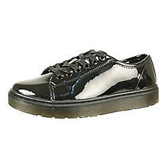 Dr Martens - Black patent leather lace up shoes