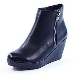 Heavenly Feet - Black Lasize black zip ankle boots