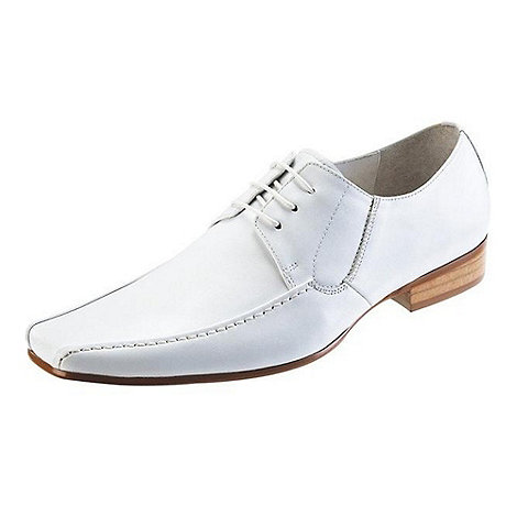 Front - White nik fr670 formal shoes