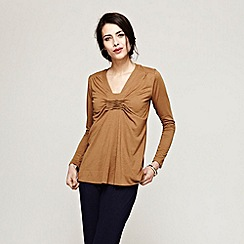 HotSquash - Brown pintuck top with ThinHeat
