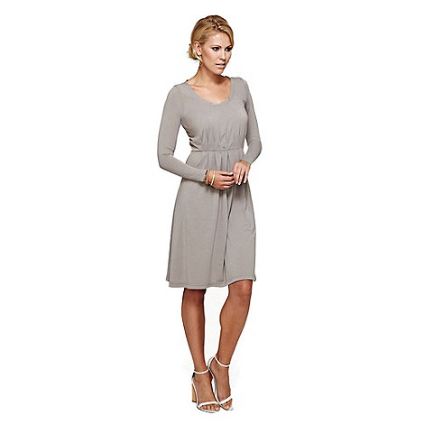 HotSquash - Grey round necked knee length dress in clever fabric