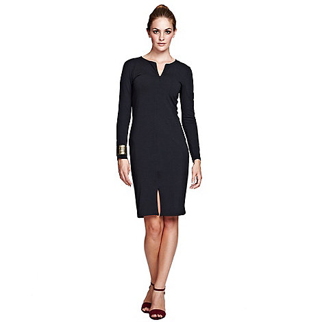 HotSquash - Elegant,black figure hugging invisible zip dress.