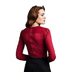 HotSquash - Elegant red button back HotSquash top