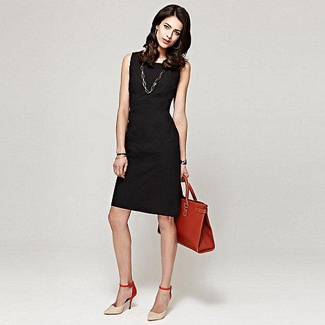 HotSquash - Black shift dress in clever fabric