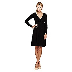 HotSquash - Black wrap dress in clever fabric