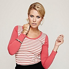 HotSquash - Coral striped top with solid sleeves in CoolFresh
