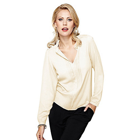 HotSquash - Long sleeved cream pleat blouse in Clever fabric