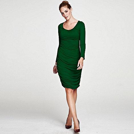 HotSquash - Green Horseshoe Neck line Ruched Dress in ThinHeat